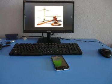 юридическая консультация по телефону круглосуточно москва