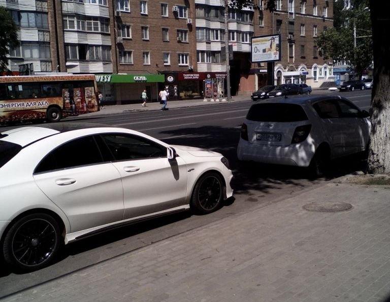 Возврат автозапчастей в магазин: порядок действий